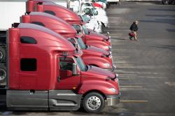 Buscamos Motorista de Caminhão CDL A truck driver - excelente salario $1,500 semanal mínimo