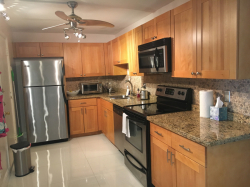2/2 Renovated Apartment in Deerfield Beach - $150,...