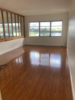 Apartamento de 1 Quarto $1050